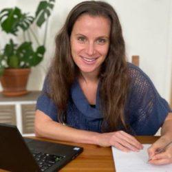 Heling door lichaamsbewustwording met schrijven en yin yoga